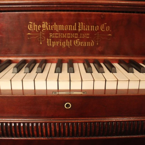 Richmond Upright Name Board