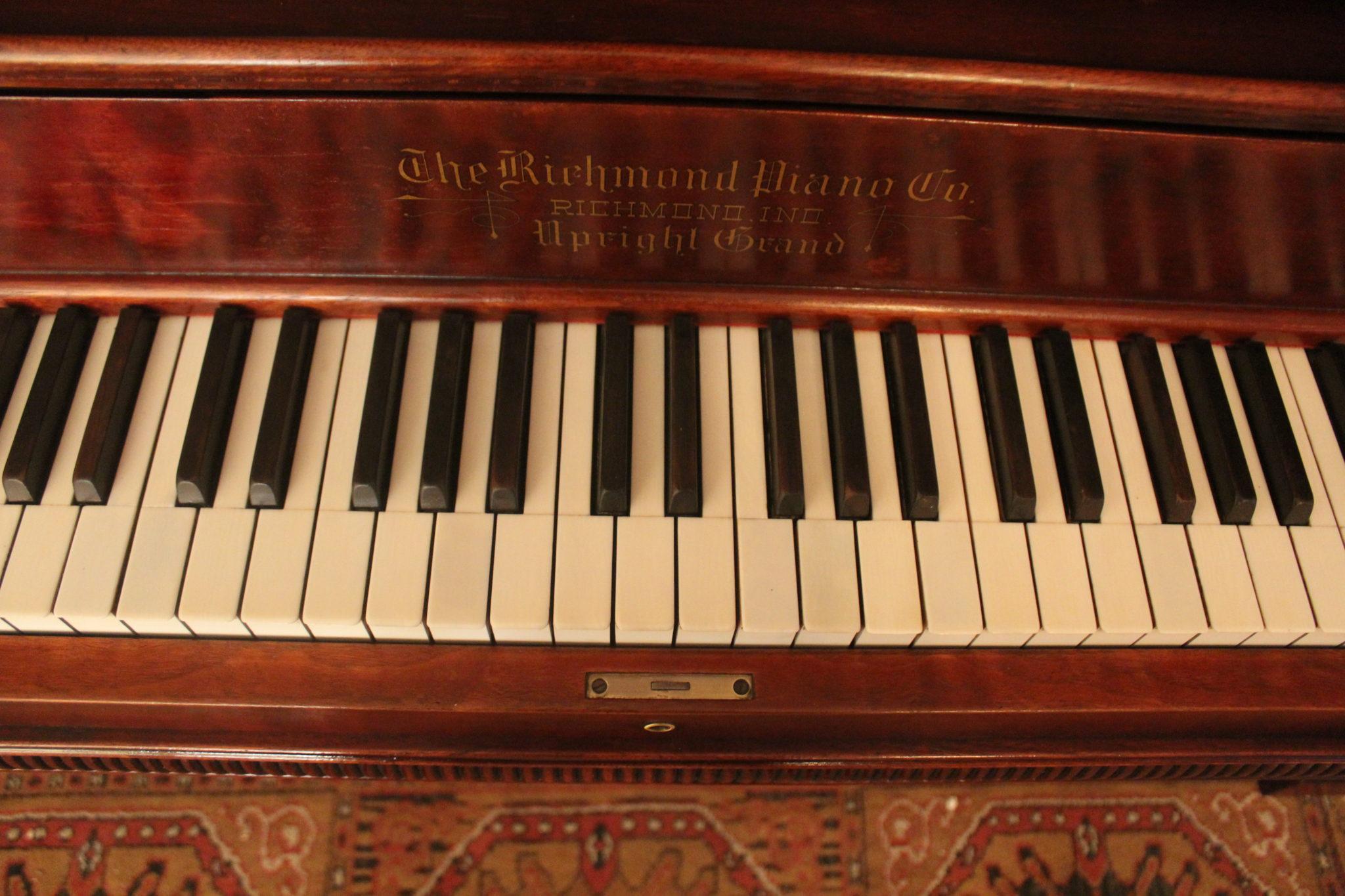 Richmond Upright Keyboard.
